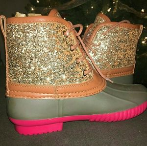 Other - Girls pink glitter duck boots